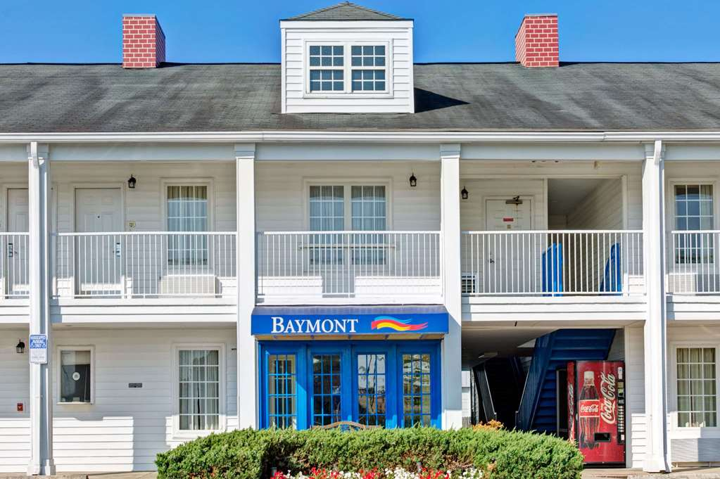 Baymont Inn & Suites Sanford