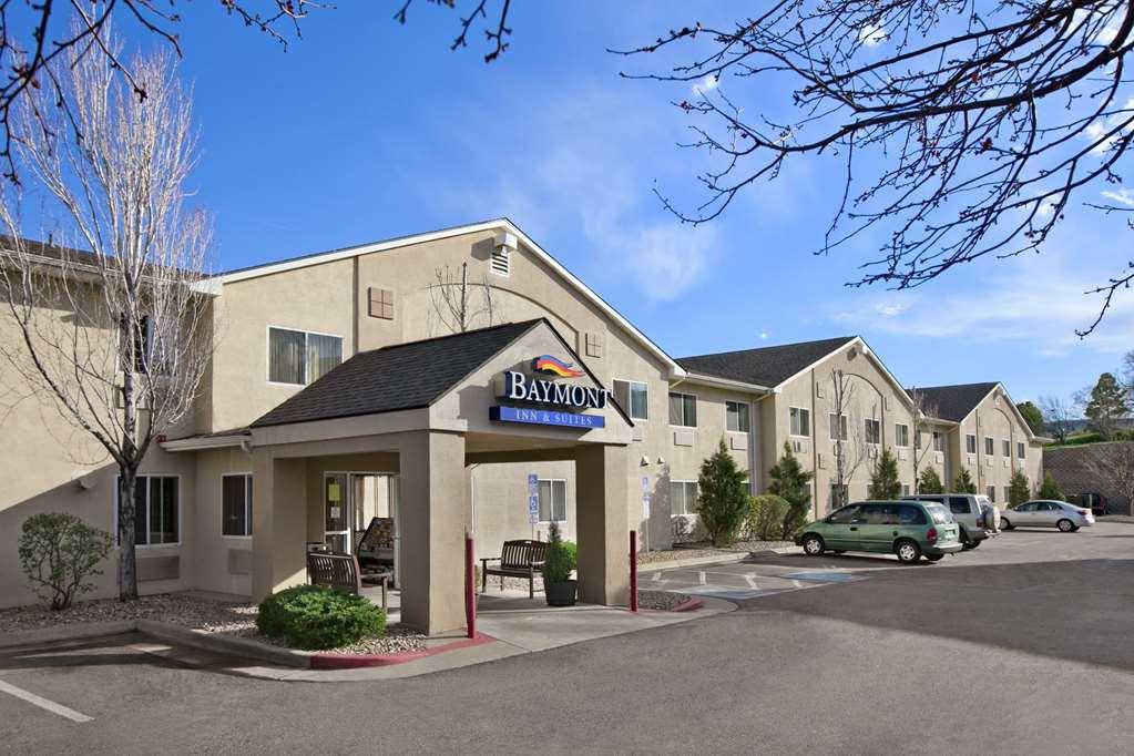 Baymont Inn & Suites Denver West/Fed Ctr