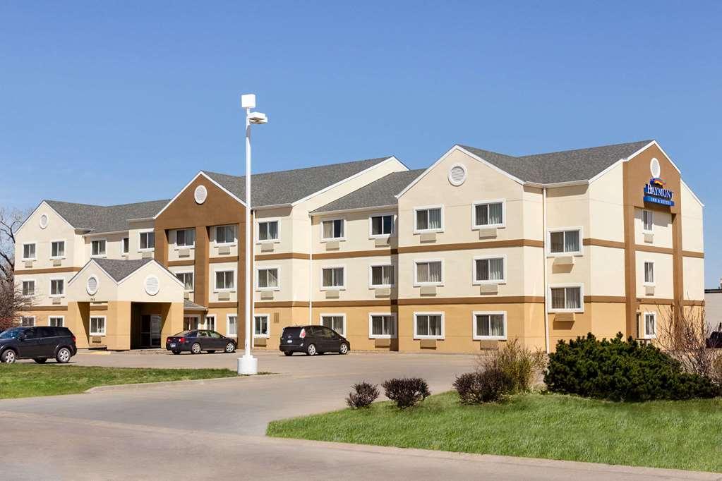Baymont Inn & Suites Salina