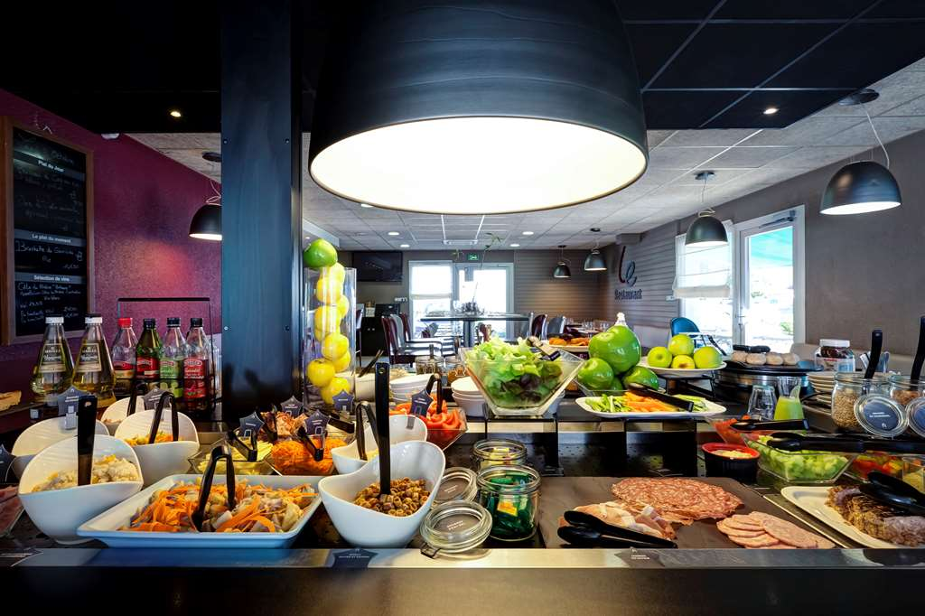 Restaurant Proche De La Rue Voltaire A Nantes