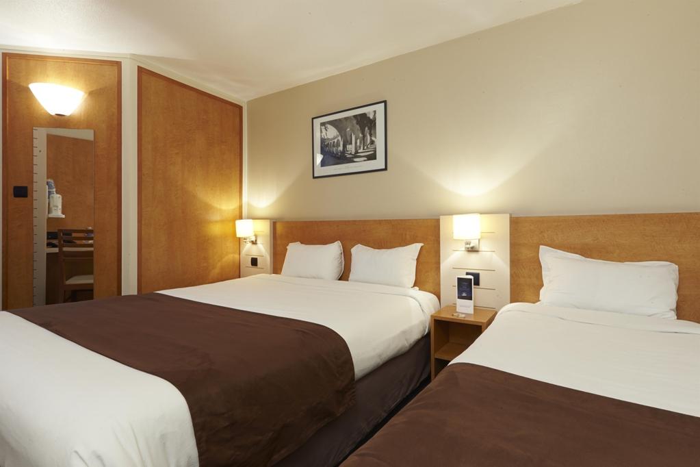 hotel kyriad libourne saint emilion kyriad. Black Bedroom Furniture Sets. Home Design Ideas