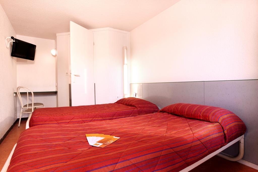 hotel premi re classe angouleme sud la couronne premiere classe. Black Bedroom Furniture Sets. Home Design Ideas