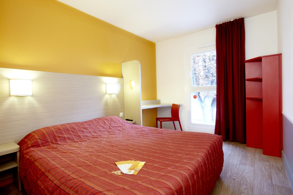 Hotel Première Classe Pau Est - Bizanos