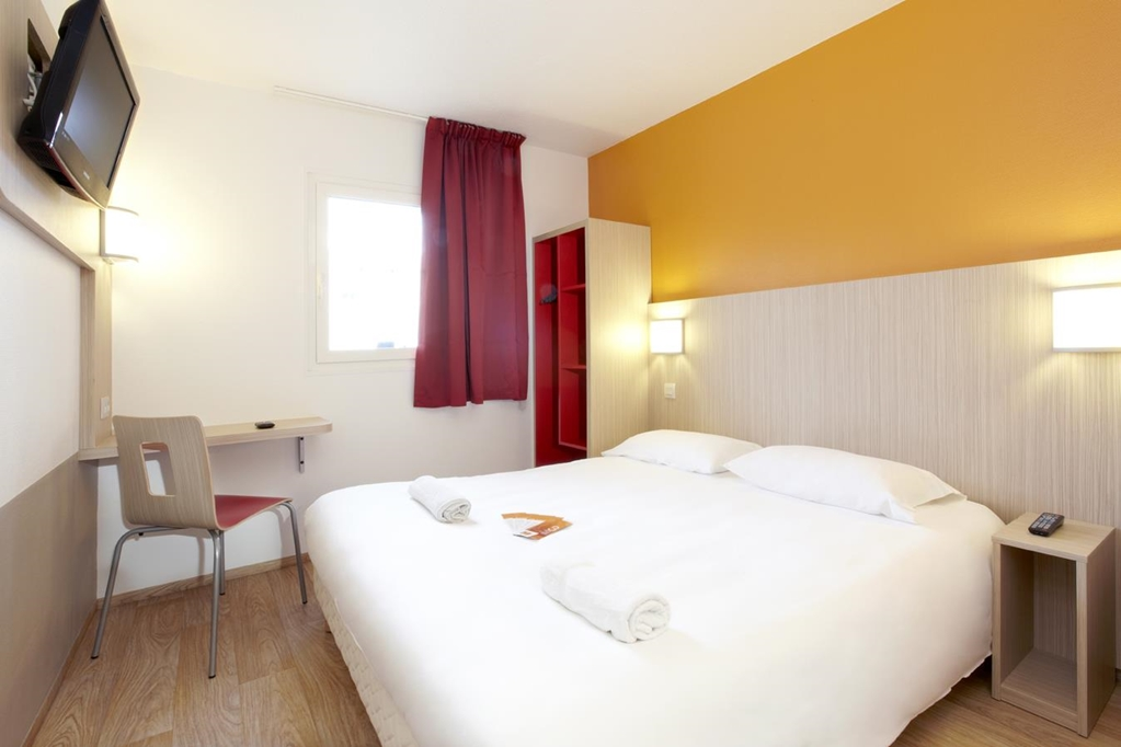 hotel premi re classe toulouse sud lab ge innopole premiere classe. Black Bedroom Furniture Sets. Home Design Ideas