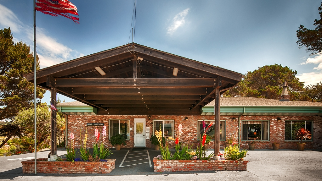 Best Western Vista Manor Lodge - Fort Bragg, CA 95437