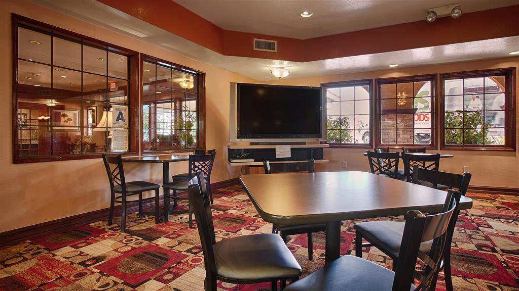 Best Western Moreno Hotel & Suites - Moreno Valley, CA 92557