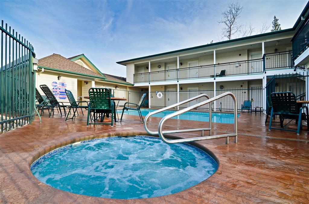 Best Western Cedar Inn And Suites - Angels Camp, CA 95222