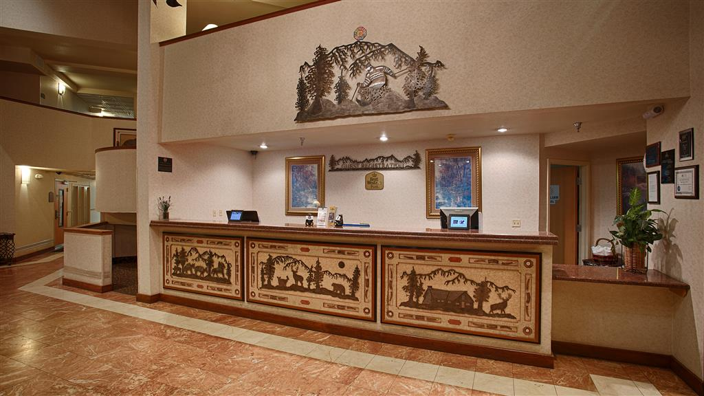 Best Western Plus High Sierra Hotel - Mammoth Lakes, CA 93546