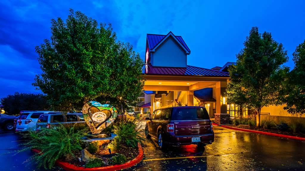 Best Western Plus Loveland Inn