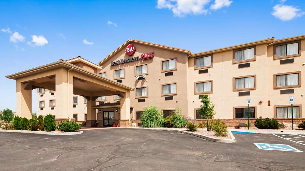 Best Western Plus Eagleridge Inn & Stes