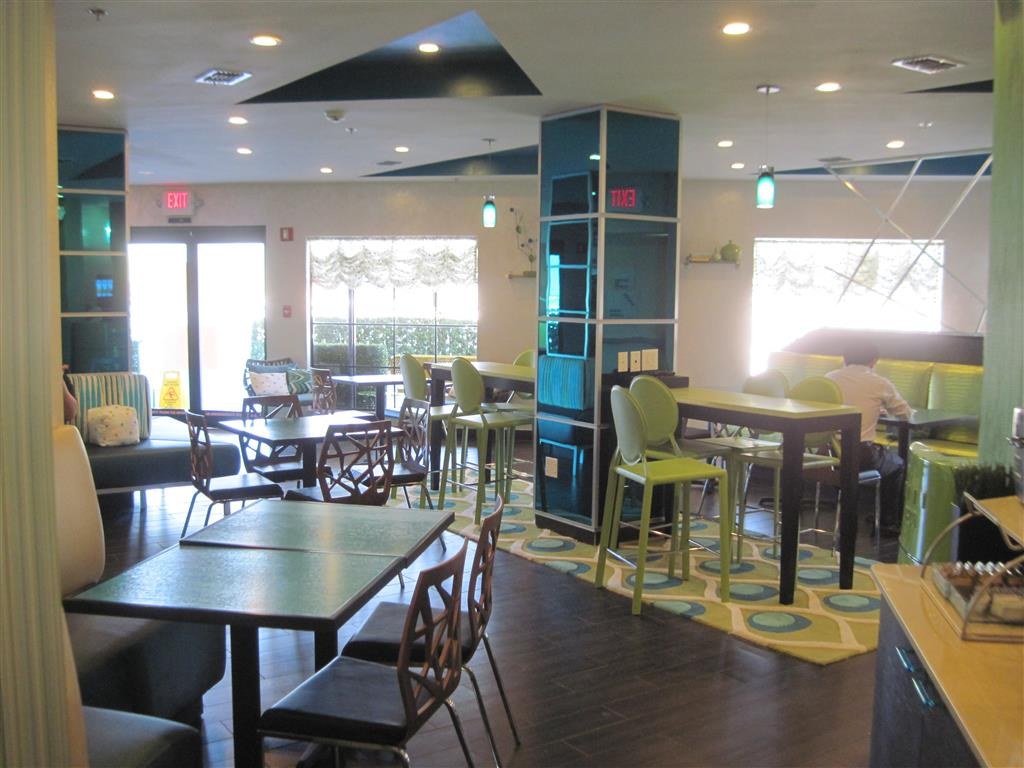 Best Western Plus Sanford Airport/Lake Mary Hotel - Sanford, FL 32773