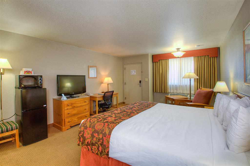 Best Western Foothills Inn - Mountain Home, ID 83647