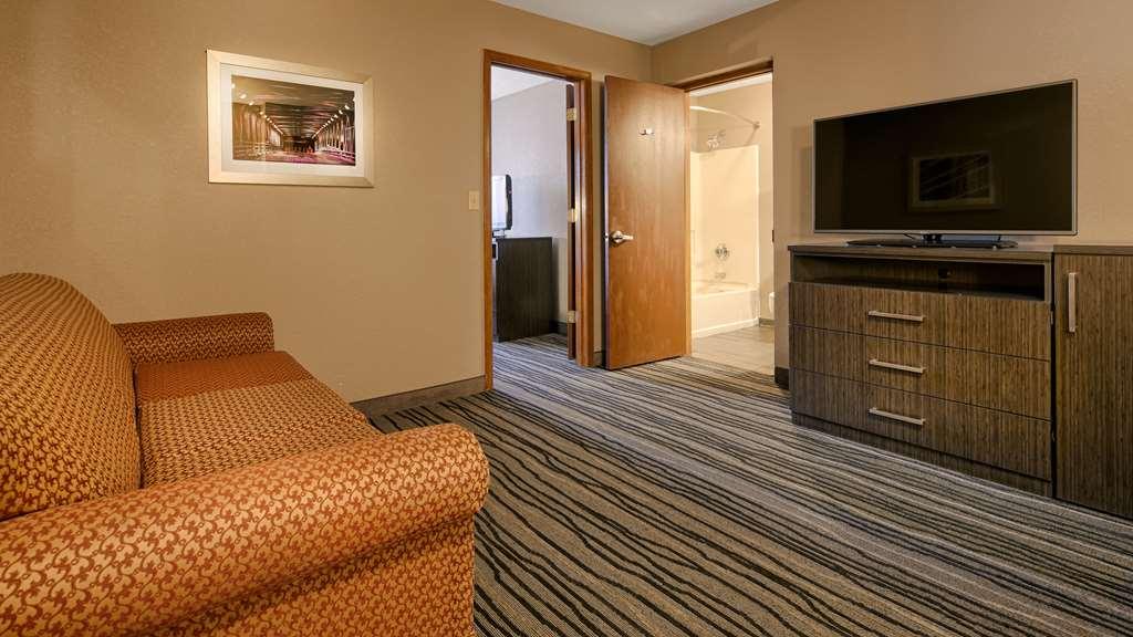Best Western Riverside Inn - Danville, IL 61832