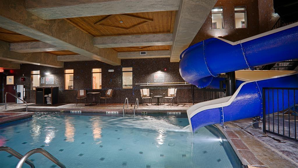 Best Western Premier Kansas City Speedway Inn & Suites - Kansas City, KS 66111