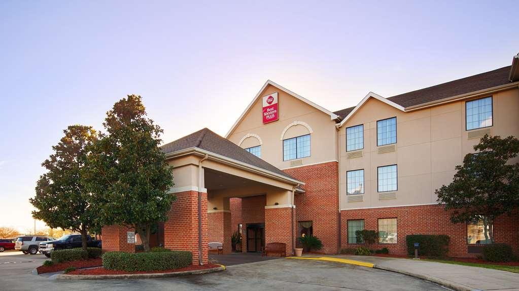 Best Western Plus Executive Hotel Suites