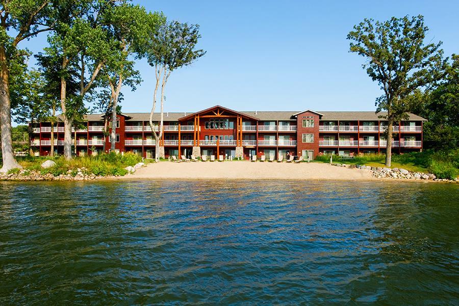 Best Western Premier Ldg On Lake Detroit