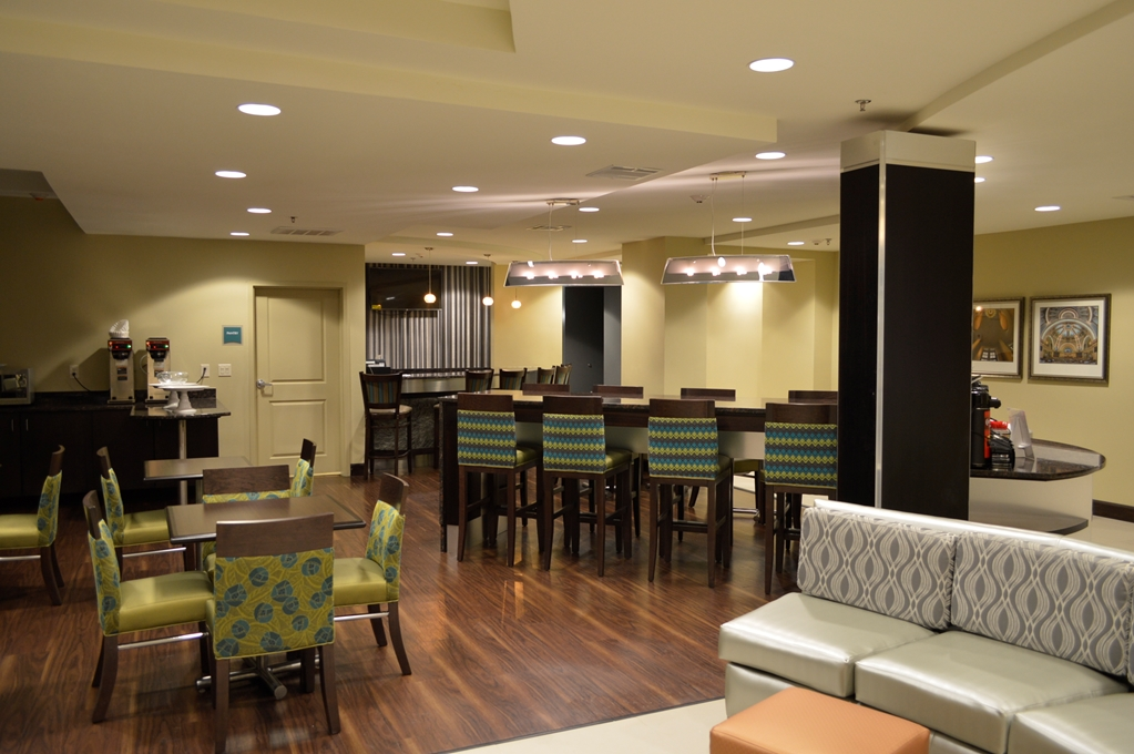 Best Western Premier University Inn - Hattiesburg, MS 39402