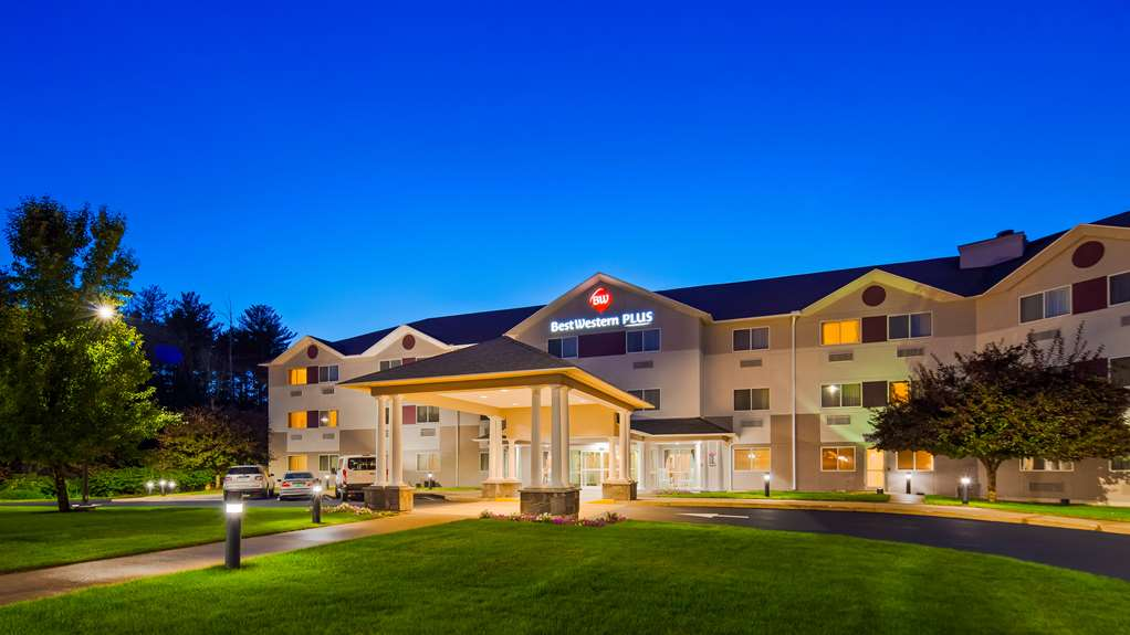 Best Western Plus Executive Court Inn
