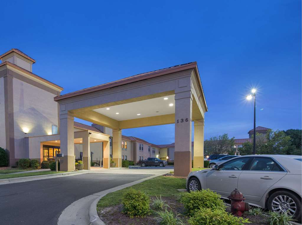 SureStay Plus Hotel By BW Roanoke Rapids