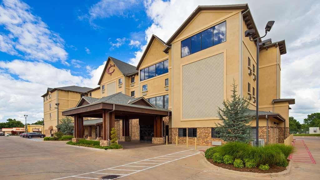 Best Western Plus Cimarron Hotel & Suite