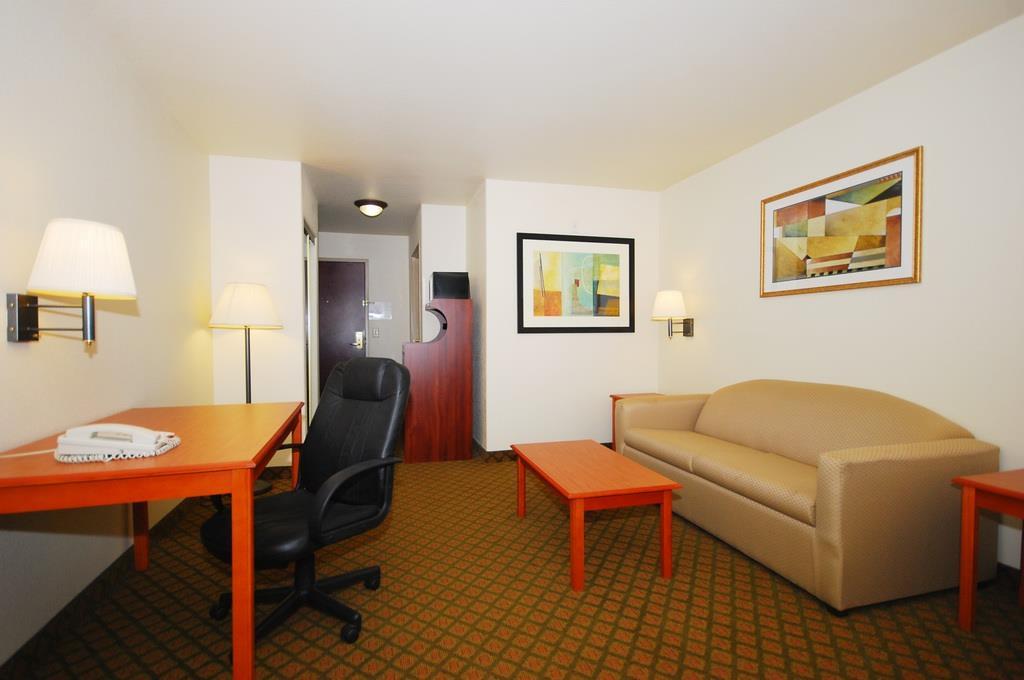 Hotels In Henrietta Tx