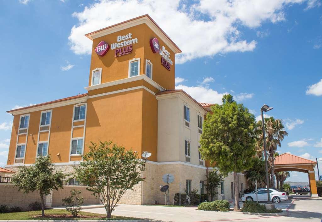Best Western Plus San Antonio East & Sts