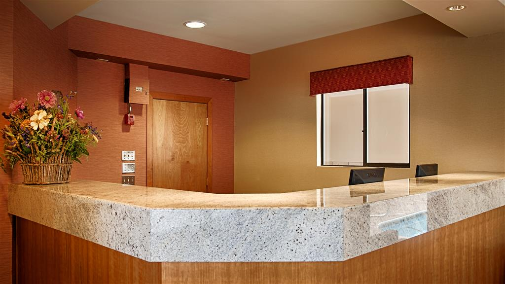 Best Western Aladdin Inn Kelso Wa Hotels First Class
