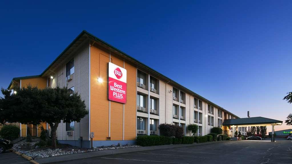 Best Western Plus Skagit Valley Inn