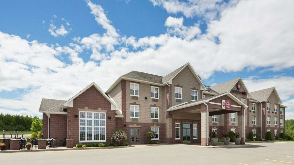 Best Western Plus Grand Sault Htl Suites