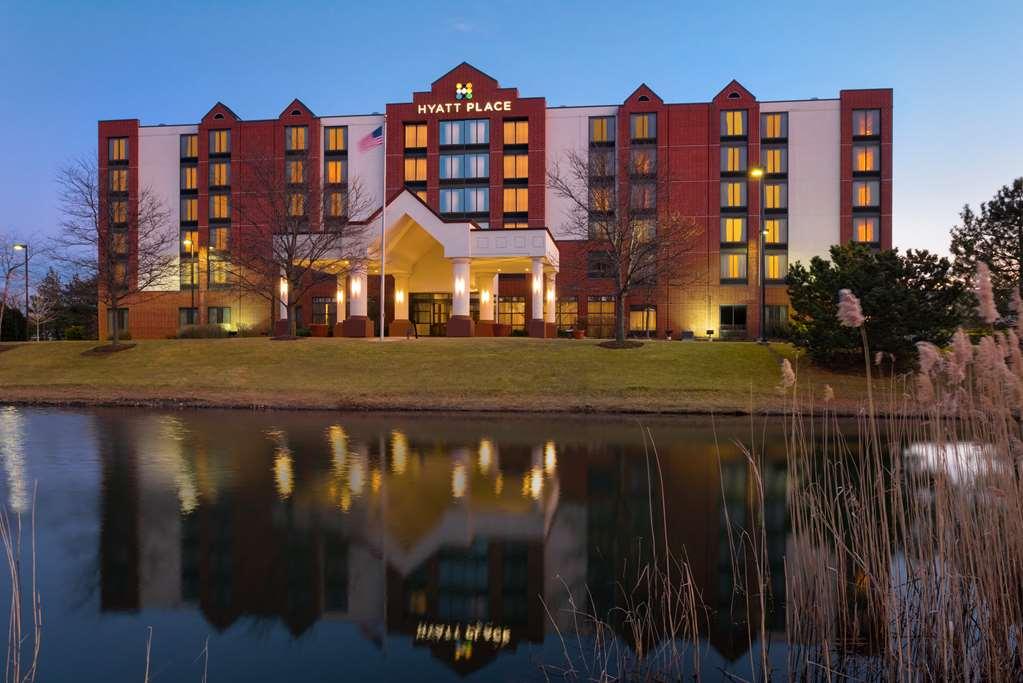 Find Schaumburg Il Hotels Downtown Hotels In Schaumburg Hotel Search By Hotel Travel Index
