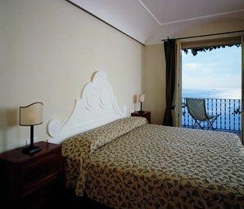 Hotel Punta Regina