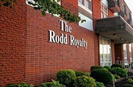 Rodd Royalty Inn & Suites