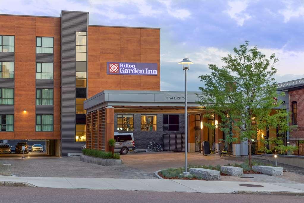 Hilton Garden Inn Burlington-Downtown