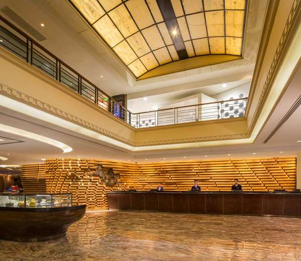 Find Hotels Near Four Seasons Hotel Singapore