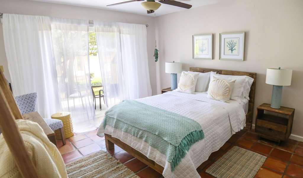 Villa Montana Beach Resort
