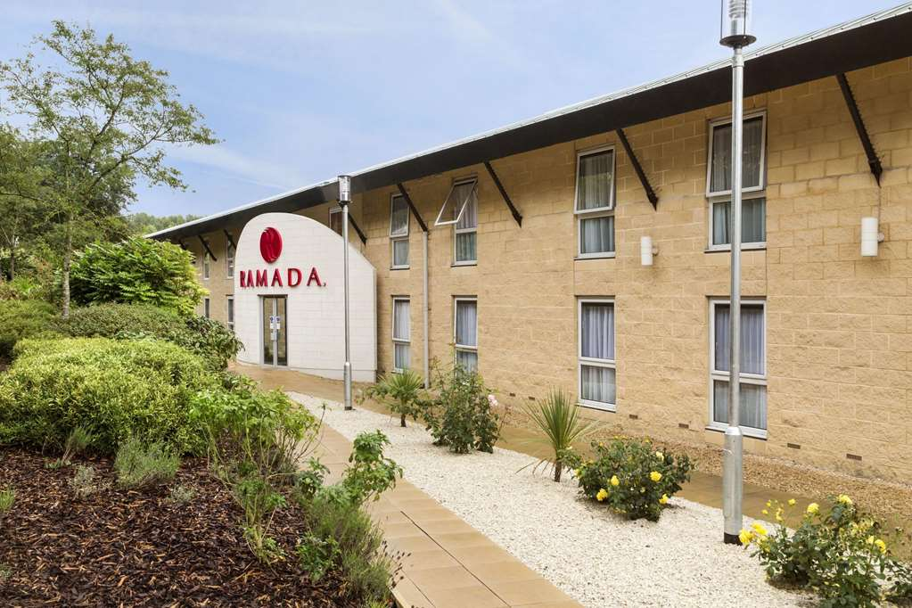 Ramada Oxford M40