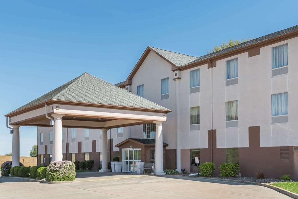 Baymont Inn & Suites, Highland