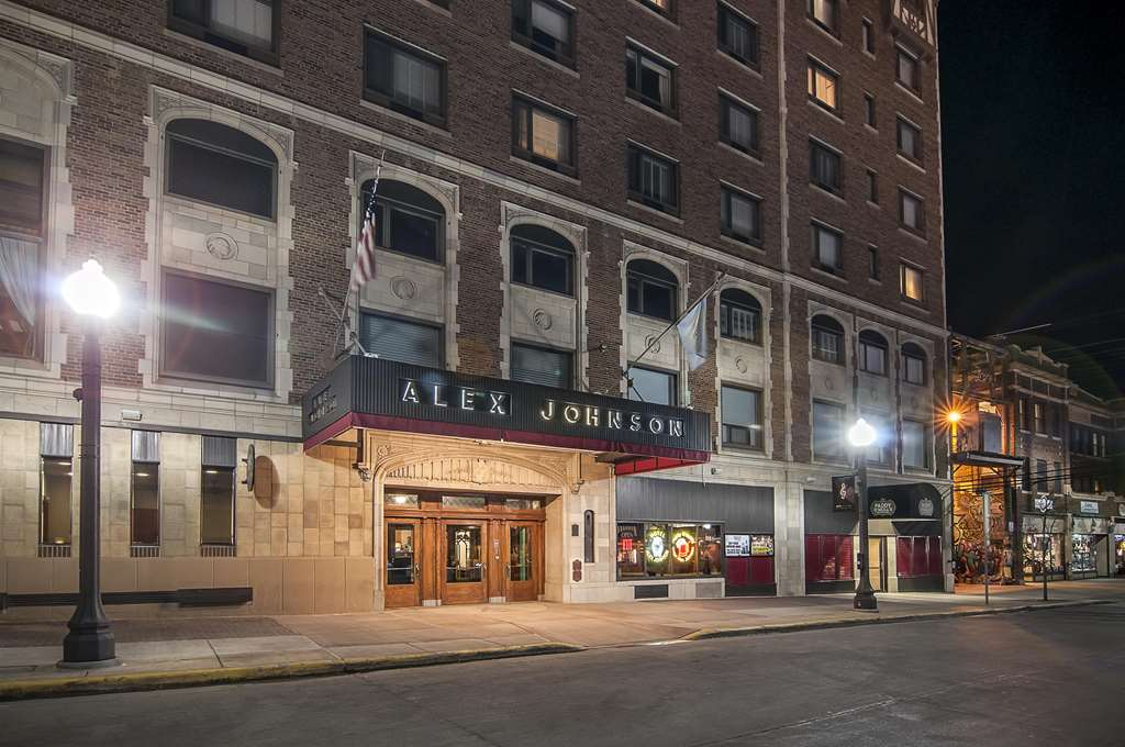 Hotel Alex Johnson, Curio Collection