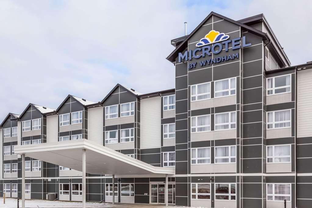 Microtel Inn & Suites Kirkland Lake