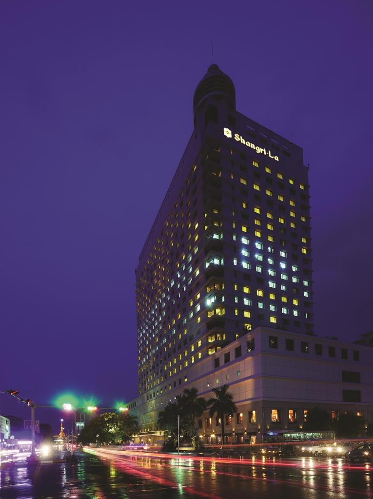 Sule Shangri-La, Yangon