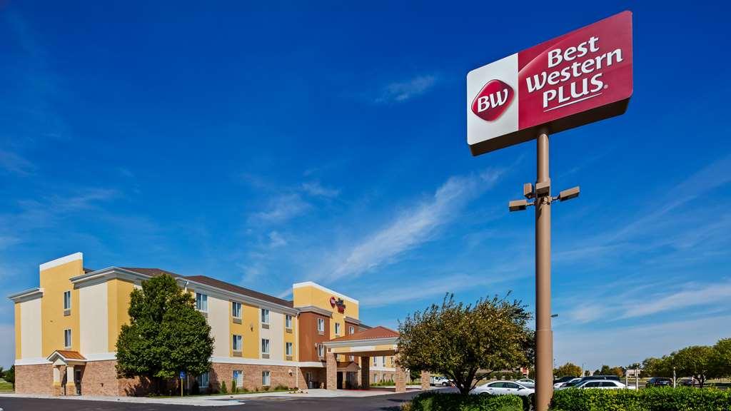 Best Western Plus Liberal Hotel/Suites