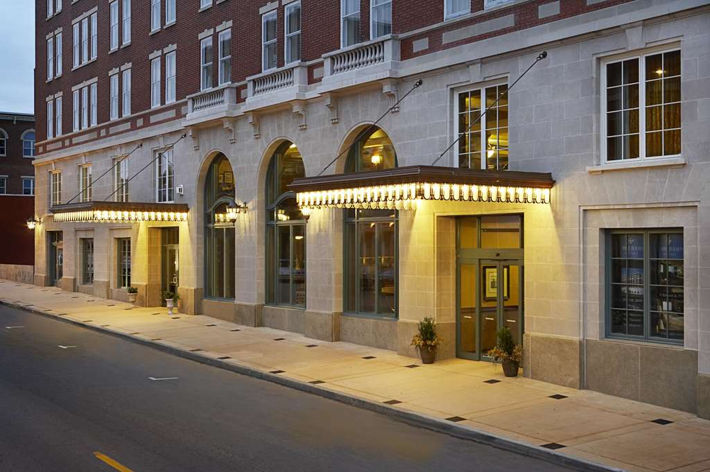 Tryp By Wyndham Historic Savannah Savannah Ga Hotels
