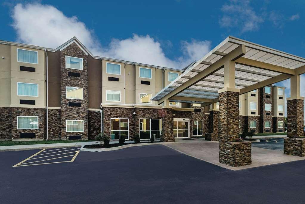 La Quinta Inn & Suites Collinsville
