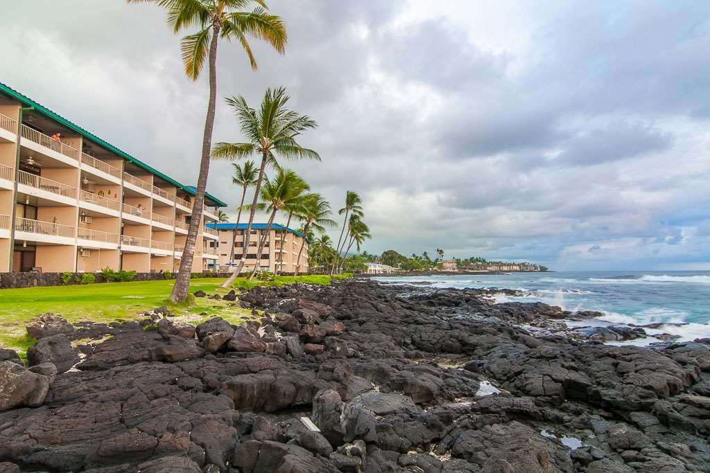 Castle Kona Reef Resort