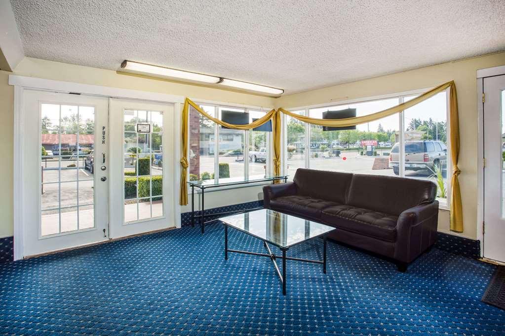 Travelodge Tacoma Near McChord AFB - Tacoma, WA 98444