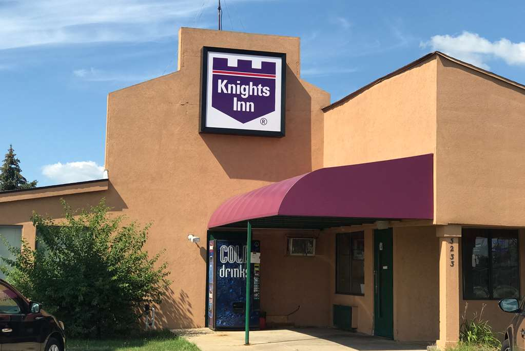 Knights Inn South Bend - South Bend, IN 46628