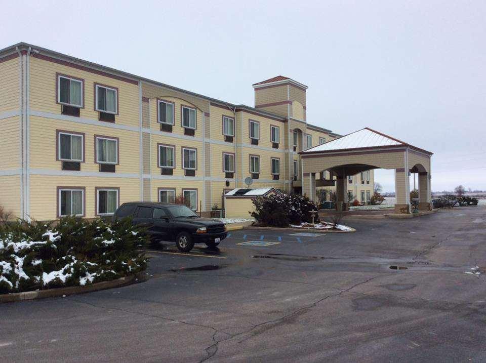 Baymont Inn & Suites Rensselaer