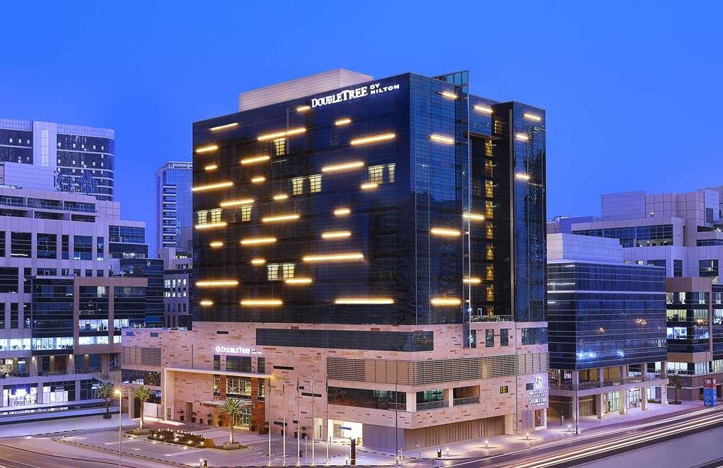 Doubletree By Hilton Dubai Business Bay Dubai United Arab Emirates Hotels Gds Reservation Codes Travel Weekly