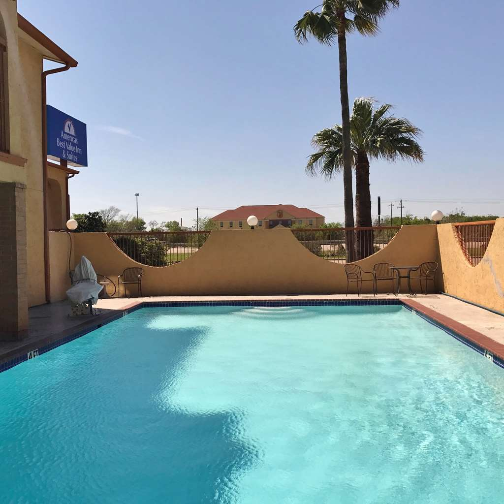 Americas Best Value Inn and Suites LaPorte/Houston - La Porte, TX 77571