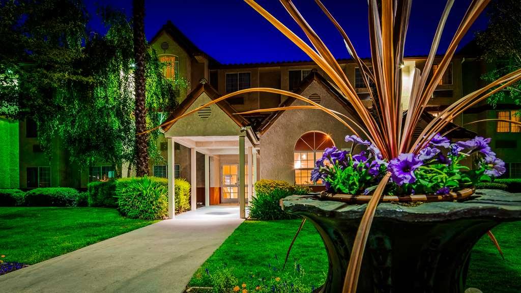 SureStay Plus Hotel Rocklin